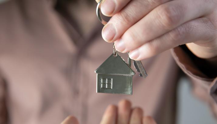 Con nuevas tasas de interés, comprar casas ahora podría ser más barato que rentar.